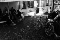 haloween day (Katharina Berliner) Tags: light people blackandwhite motion berlin film night germany haloween celebrate kodak400 rollei35