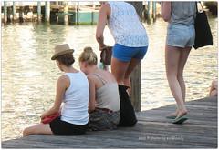 . (zioWoody) Tags: venice water legs acqua venezia molo grandcanal canale gambe canalgrande banchina erberia campoerberia