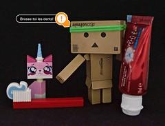 Shut up and ...  (Damien Saint-) Tags: toy lego vinyl danbo unikittylego
