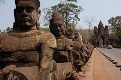 TEMPLE ANGKOR (maigniez) Tags: street temple cambodge angkor