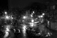 26/365 (theaftergloweffect) Tags: street brussels blackandwhite bw lightpainting cars window monochrome rain night dark grey gris lights blackwhite drops shadows belgium belgique noiretblanc pluie bruxelles halo nb sombre contraste nuit fenêtre rues lumières voitures trafic ombres gouttes