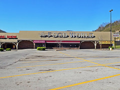 Food World of Whitesburg, KY (NCMike1981) Tags: retail shopping store kentucky ky grocerystore grocery stores grocer whitesburg foodworld whitesburgky kentuckyshopping foodworldofwhitesburgky