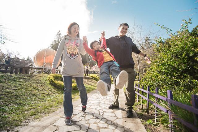 戶外親子攝影,全家福攝影推薦,兒童親子寫真,兒童攝影,南投清境攝影,紅帽子工作室,婚攝紅帽子,清境小瑞士攝影,清境農場親子,清境農場攝影,親子寫真,親子攝影,familyportraits,Redcap-Studio-3