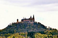 Gegenlicht  Burg Hohenzollern (eagle1effi) Tags: backlight germany landscape nikon burg ppc gegenlicht badenwurttemberg hechingen hohenzollern burghohenzollern zollernalbkreis d5100 aka300mm