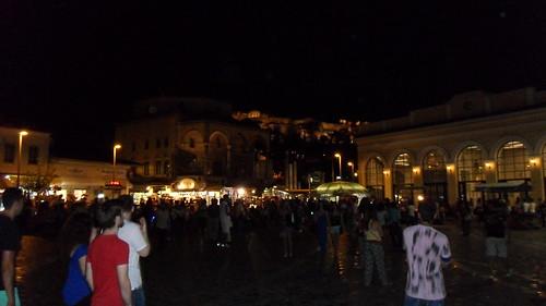 "Atenas de noche <a style=""margin-left:10px; font-size:0.8em;"" href=""http://www.flickr.com/photos/141744890@N04/26301728746/"" target=""_blank"">@flickr</a>"