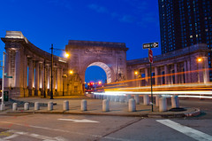 A Grand Entry (Lojones13) Tags: city newyork building architecture arch outdoor landmark manhattanbridge bluehour colonnade