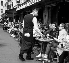 Rue de .... (Christof Timmermann) Tags: paris blackwhite cafe olympuspen ruede streetfotografie