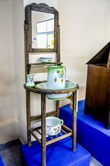 Museo del Orinal  Chamber Pot Museum (ipomar47) Tags: espaa museum spain pot chamber museo piss thunder potty orinal ciudadrodrigo