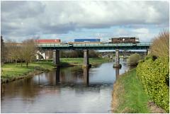 Monasterevin (Kingmoor Klickr) Tags: waterford ballina riverbarrow 079 railfreight containertrain iarnrdireann class071 monastervin