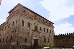 Palacio de Escoriaza Esquibel (padraicsmeehan) Tags: espaa spain basque euskadi vitoria gasteiz vitoriagasteiz paysbasque pasvasco reinodeespaa kingdomofspain palaciodeescoriazaesquibel