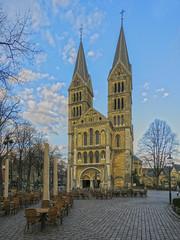 roermond Munsterkerk_Panorama18 (seyjo) Tags: panorama church buildings river places location maas hdr roermond urbanscape historiccity rur dutchcity steenenbrug seyjo