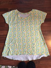 Floral lemon drop tunic (squishythings) Tags: sewing clothes tunic briarrose heatherross annamariahorner sewingwithknits lemondroptunic