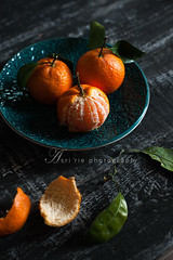 tangerines (asri.) Tags: foodphotography 2016 fruitsvegetables 85mmf14 foodstyling darkbackdrop
