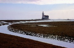 Marken vuurtoren, winter 1996 (wally nelemans) Tags: winter lighthouse holland 1996 nederland thenetherlands vuurtoren marken