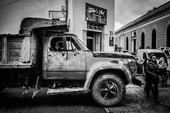 The truck (M.ALKHAMIS) Tags: malkhamis alkhamis leicam352summicron