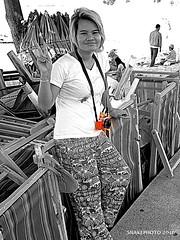 P1011339-003 (snakephoto) Tags: street portrait thailand photography view olympus photowalk zuiko pattaya 1250 yui fullspectrum f3563 snakephoto fujixa2 epl2
