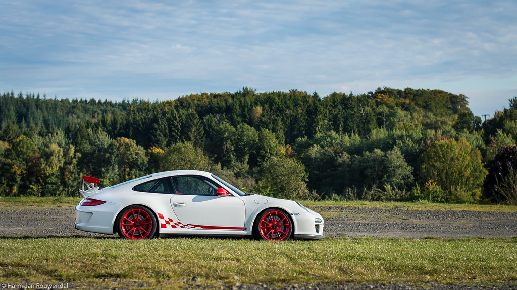 The World's newest photos of 997 and stripes - Flickr Hive Mind