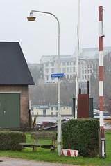 Vernieuwing verlichting Arnhem (f O h O) Tags: holland netherlands arnhem nederland philips 200 industria tb niederlande gesloten straatverlichting tb200 schrder