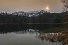 Winter 2009_10 010 2048 (Dirk Buse) Tags: winter nature see licht nikon sonnenuntergang outdoor natur berge dmmerung alpen tamron kalt wald stimmung idylle klte d300 melancholie af1735