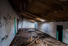 Abandoned Storagerooms (twKershaw (Aitor)) Tags: wood old travel blue color building abandoned broken coffee shop architecture rural spain europe rooms sony flash storage galicia brake dslr a200 amateur destroy storagerooms portodemouros