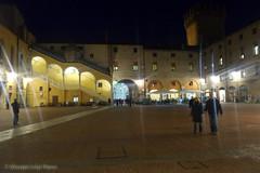 Ferrara (Giuseppe Luigi Dipace) Tags: travel tourism samsung ferrara touring kzoom giuseppeluigidipace