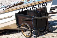 Normandie (France) - Etretat (Massimo Battesini) Tags: france beach boat europa europe barca fuji playa barche finepix fujifilm normandie bateau normandy francia plage fujinon spiaggia tretat normandia nationalgeographic hautenormandie xt1 ctedalbtre worldtrekker altanormandia sennamarittima costadalabastro fujifilmxt1 fujixt1 fuji18135 fujinonxf18135 fujifilmfujinonxf18135mmf3556rlmoiswr costadialabastro