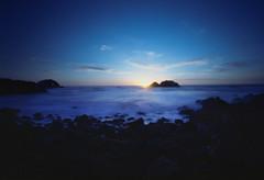 Sun set by pinhole (-Alberto_) Tags: sanfrancisco sunset seascape mediumformat pinhole 120film fujicolor160 holga120wpc
