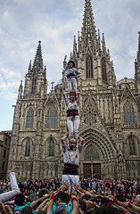 "Human tower • <a style=""font-size:0.8em;"" href=""http://www.flickr.com/photos/45090765@N05/25559322552/"" target=""_blank"">View on Flickr</a>"