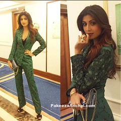 Shilpa Shetty Dressed for the Occasion by Namrata Joshipura (shaf_prince) Tags: shilpashetty bollywoodactress designerwear womenssuit indianfashiondesigners bollywooddesignerdresses actressingreendresses actressinpants businesswomanoutfit theasianspaawards2016