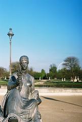 Tuileries (lucapascotto) Tags: paris film 50mm t3 manualfocus analogic filmphotography f17 portra160 manualexposure konicaautoreflex konicahenanon