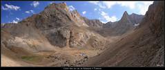Camp dans les montagnes du Taurus (HimalAnda) Tags: camp panorama mountain lake montagne turkey landscape pano lac turquie paysage taurus panoramique campement eos400d canoneos400d stphanebon