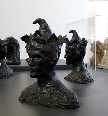 P1010288 (Freddy Pooh) Tags: sculpture paris bronze fou pablopicasso maxjacob musepicasso miquelbarcelo musepicasso