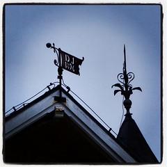 Gamla Real #gamlareal #details #bygnadsvrd #sveitserstil... (Anders SB) Tags: architecture details dalsland arkitektur 1896 spir sveitserstil uploaded:by=flickstagram bygnadsv gamlareal instagram:photo=994871794266370170202339955