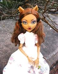 Alisha (ego_erdante) Tags: inch wolf 17 tall ghouls frightfully clawdeen