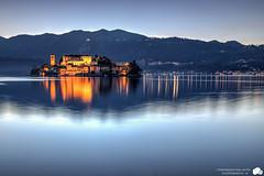 Isola di San Giulio - Orta (Franc91) Tags: sunset italy lake canon lago eos is san italia tramonto blu piemonte l usm ora isle piedmont f4 isola giulio 6d dorta 2470