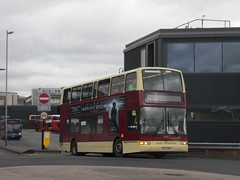 East Yorkshire 684 YX53AOK Hull Interchange on 44 (1280x960) (dearingbuspix) Tags: eastyorkshire 684 eyms yx53aok