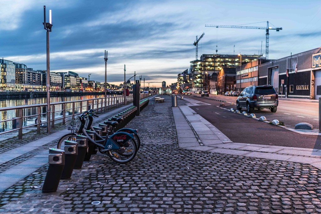 DUBLIN DOCKLANDS AT NIGHT [JANUARY 2016]-110799