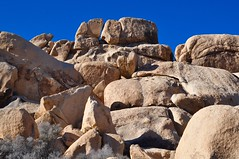 Rock Formation / Boulders at the Hall of Horrors Area at Joshua Tree National Park (Blue Rave) Tags: california park nature hiking joshuatree hike joshuatreenationalpark 2016 jtnp