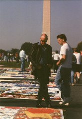 28.AIDSQuilt.WDC.13October1996 (Elvert Barnes) Tags: washingtondc dc aids 1996 nationalmall aidsquilt thenamesproject october1996 13october1996 sunday13october1996namesprojectaidsmemorialquiltdisplaywashingtondc october1996namesprojectaidsmemorialquiltdisplay namesprojectaidsmemorialquiltdisplay