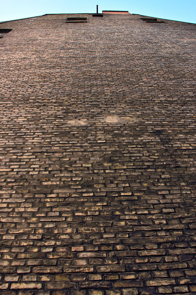 backsteinmauer hausbacksteinmauer 01 ra 1 4 diger stehn tags 2016 2000er 2000s bauwerk europa mitteleuropa selber bauen