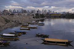 Dampa (Manila-X Photography) Tags: skyline boats boat fishing metro philippines manila makati
