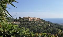 Castellar - Alpes-Maritimes (3D-Stretch) Tags: sea alpes french mediterranean riviera village cte paca perched cote provence azur maritimes dazur mditerrane castellar alpesmaritimes perch provencealpesctedazur