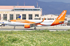G-EZPC Airbus A.320-214SL easyJet AGP 14-02-16 (PlanecrazyUK) Tags: costadelsol malaga easyjet agp lemg 140216 airbusa320214sl malaga–costadelsolairport gezpc