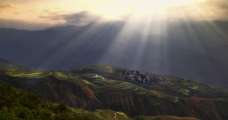 Sunlight on Dongchuan.