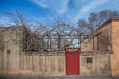 Colorful Gate in Santa Fe ~ Explore (d_russell) Tags: red sky newmexico santafe wall architecture buildings vines gate adobe ef24105mmf4 canon5dmarkiii