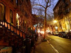 Greenwich Village : New York (joelledewael) Tags: city house newyork night maison nuit ville greenwichvillage