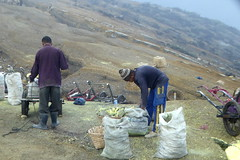 Loading Sulphur, bound for a difficult journey... (gecgab) Tags: ijen