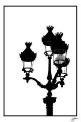 Formes&Silhouettes (Hlne Huet) Tags: street bw paris silhouette photoshop nikon noir photographie nb jour contraste blanc ville immeuble lampadaire forme parisienne graphique contemporain photographiecontemporaine