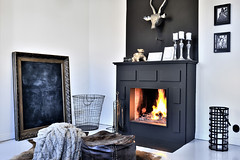 swedish-townhouse-with-cozy-patio-09 (ideasandhomes) Tags: house design fireplace apartment sweden interior townhouse dcor