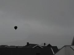 Balloon over Trshavn in early April (Jan Egil Kristiansen) Tags: photoshop balloon adventure extremesports faroeislands aprl aprilsfool trshavn img4270 aprilsnarr